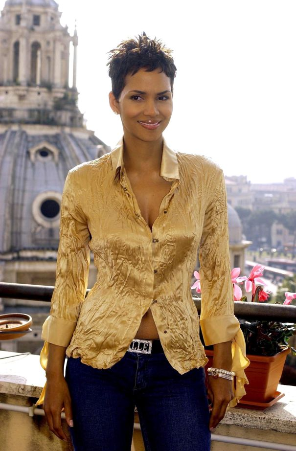 Halle Berry Promotes 'Die Another Day' in Rome