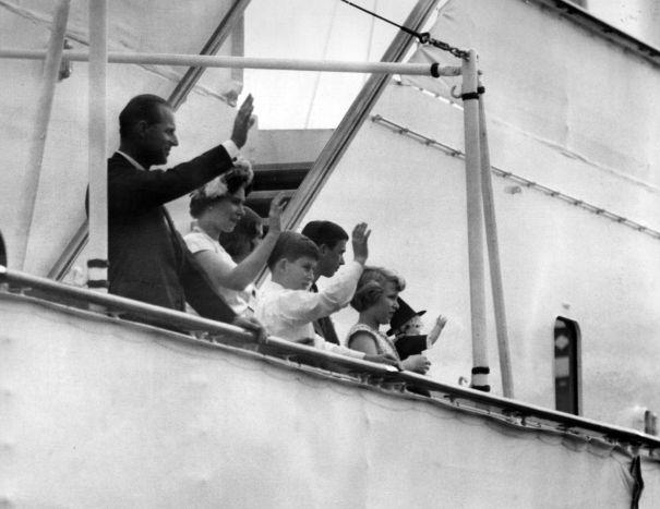 1960: The Royal Family Visit Wales