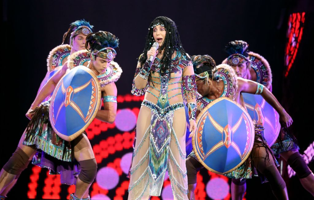 Cher Refuses To Apologize For Half Breed After Twitter War Fuelled By Trump S Diversity Coalition Appointee Etcanada Com