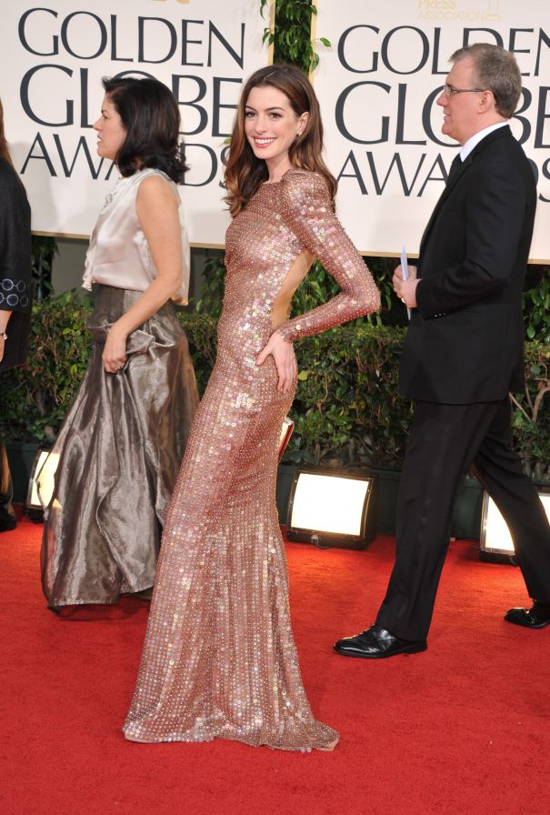 2011: Anne Hathaway's Red Carpet Win