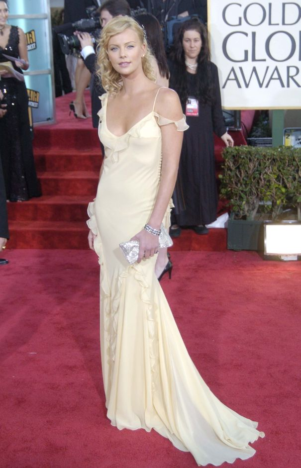 2004: Charlize Theron Wows In Dior
