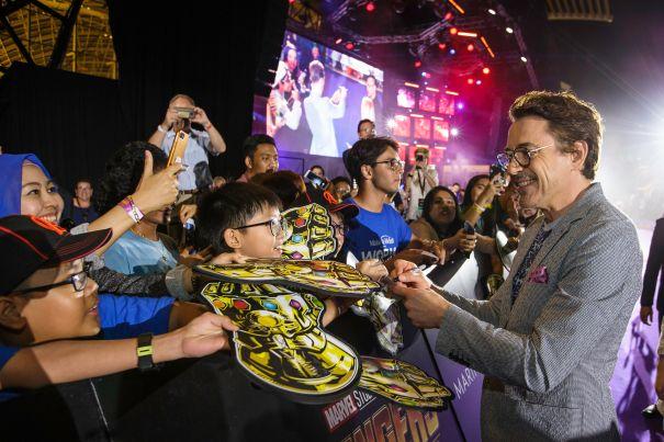 Robert Downey Jr. Greets Fans