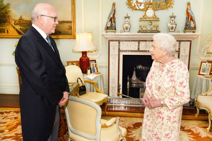 Prince Harry and Meghan Markle's pic could be seen in the background during the Queen's talk with George Brandis, the Australian High Commissioner to the United Kingdom