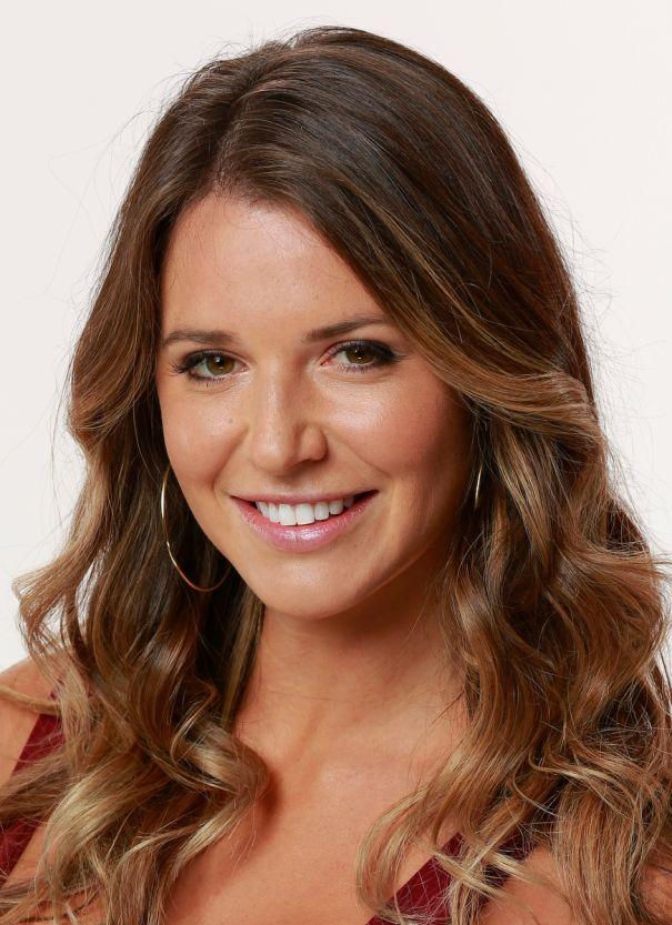 Angela Rummans (26)