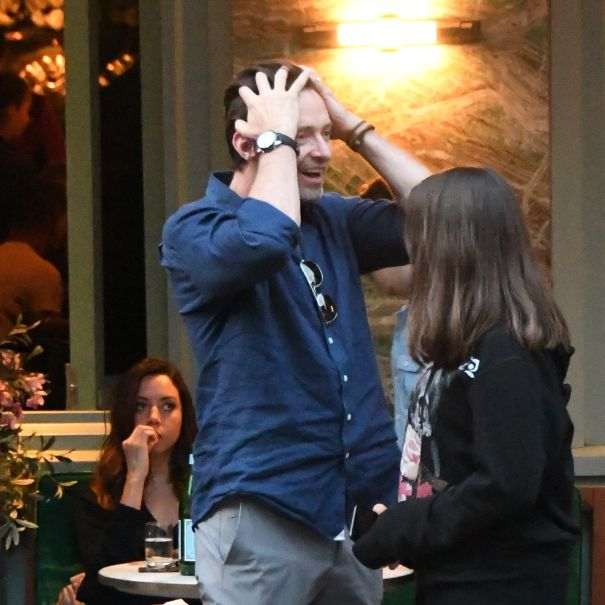 Hugh Jackman Gets Photobombed