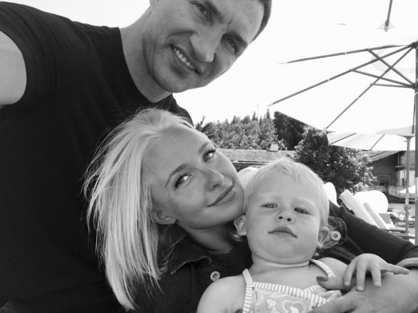 Hayden Panettiere's Mom Claims Her Daughter Has Split From Fiance