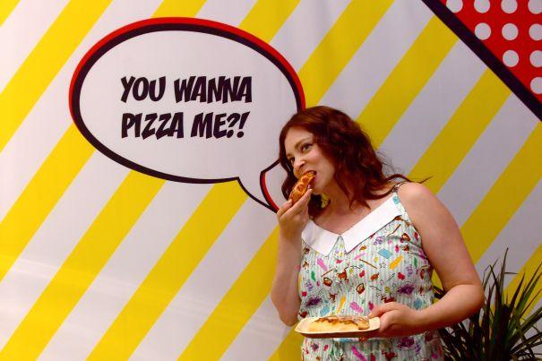 Rachel Bloom Indulges In Pizza