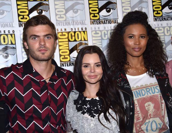 'Siren' Cast Make A Splash