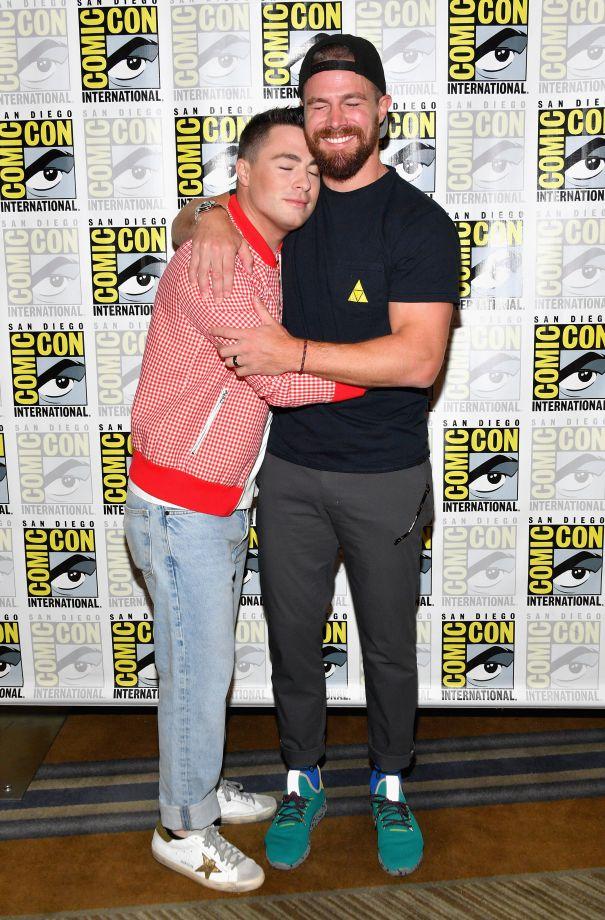 'Stephen Amell Gets An 'Arrow' Hug
