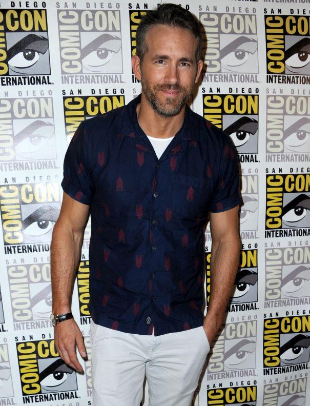 Ryan Reynolds Hits Comic-Con