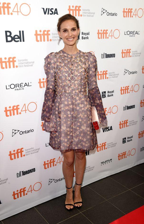 Natalie Portman Stuns In Dior Couture