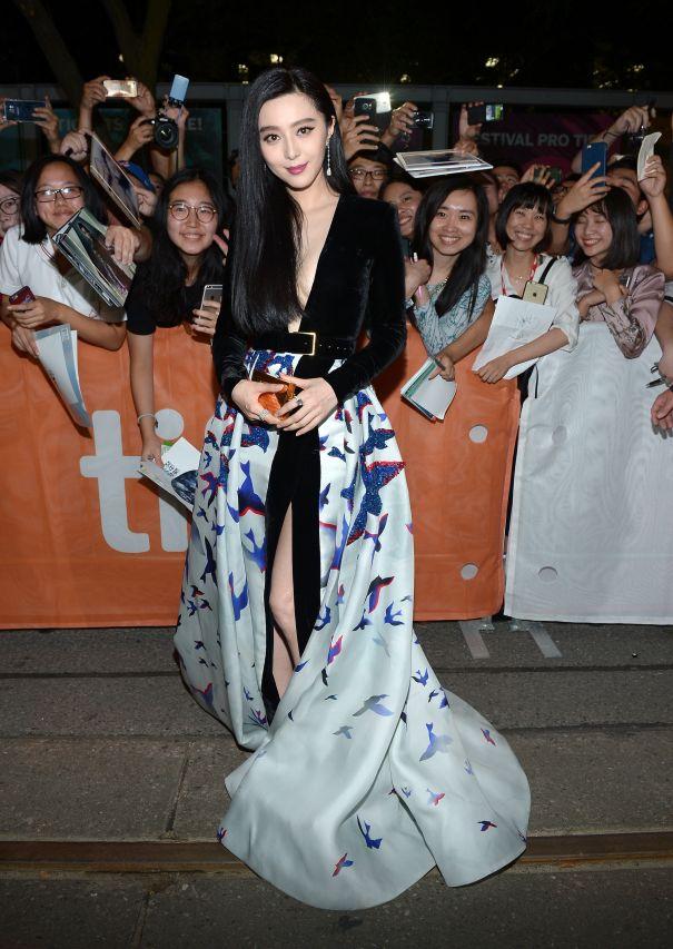 Fan Bingbing Goes Glam In Elie Saab Gown