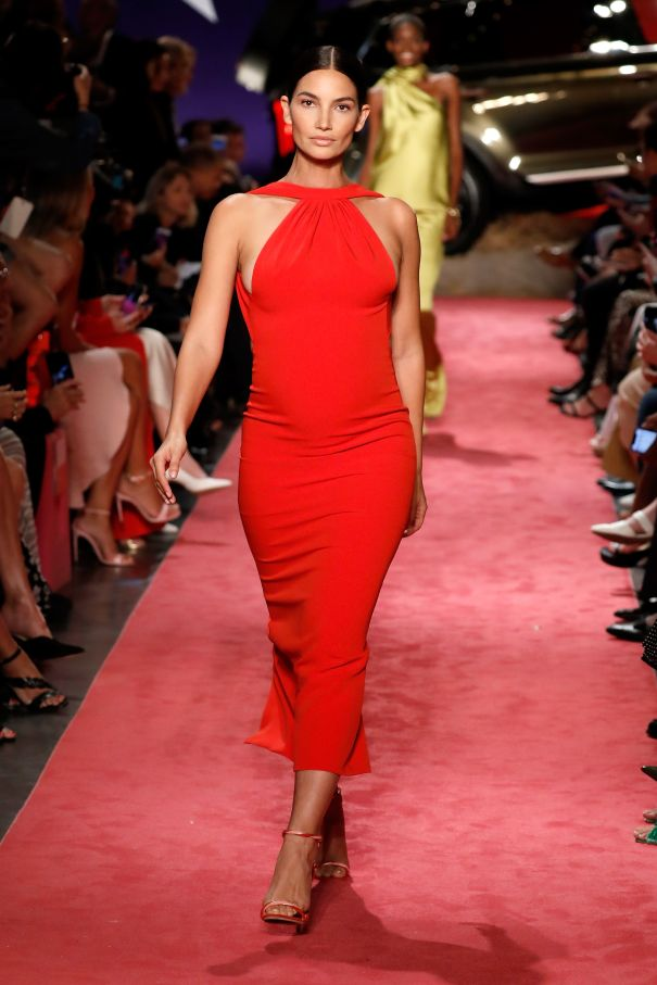 Lily Aldridge Walks The Runway At Five Months Pregnant