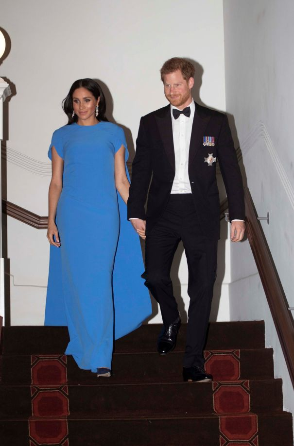 Meghan Shows Off Her Baby Bump