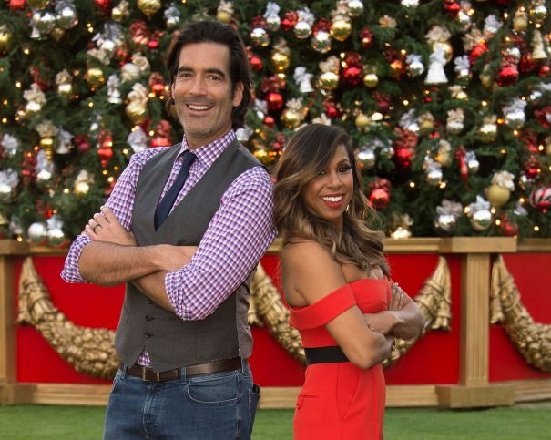 'The Great Christmas Light Fight' - season premiere
