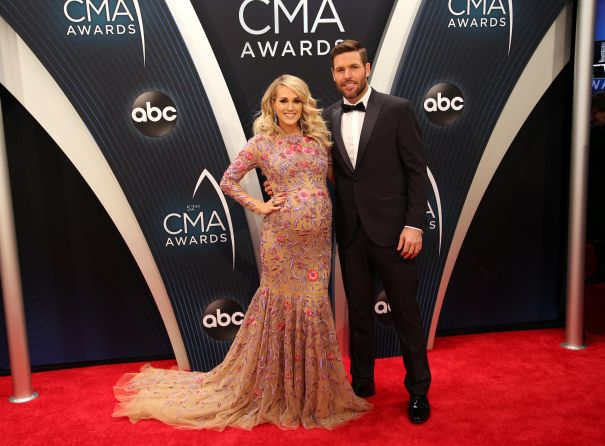 Carrie Underwood + Mike Fisher