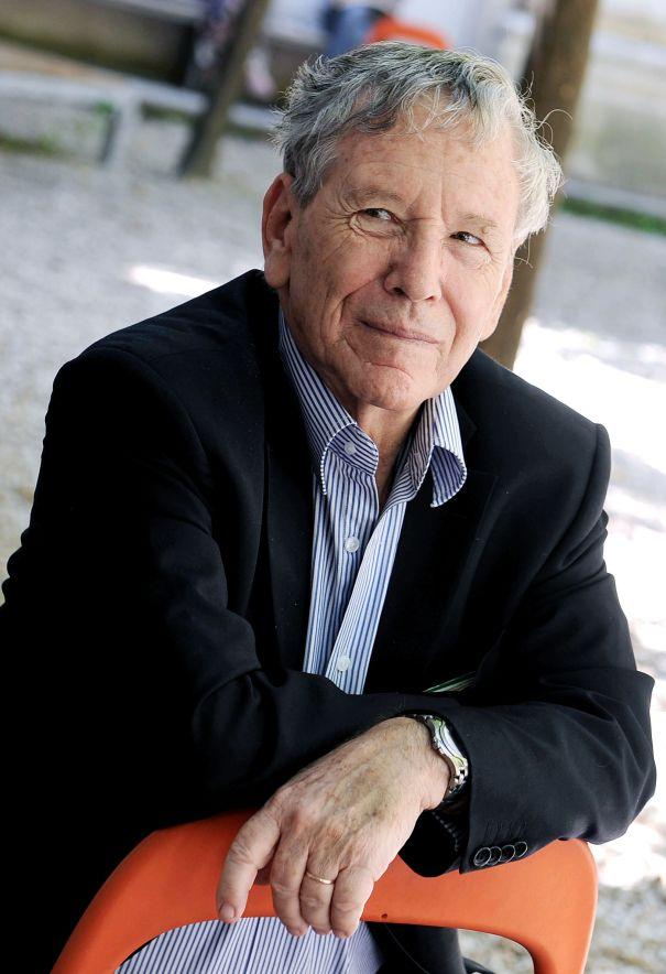 Amos Oz Dies At 79
