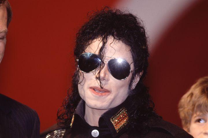 Mandatory Credit: Photo by REX/Shutterstock (952840g) Michael Jackson Michael Jackson at Press Conference for Heal the World Foundation at the Start of his Pepsi World Tour, London, Britain - Jun 1992
