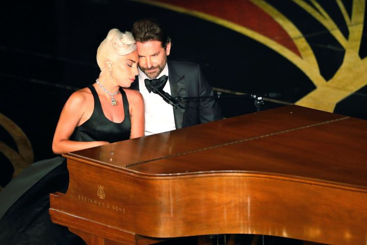 """91st Academy Awards - Oscars Show - Hollywood, Los Angeles, California, U.S., February 24, 2019 - Lady Gaga and Bradley Cooper perform """"Shallow"""" from """"A Star Is Born."""" REUTERS/Mike Blake"""