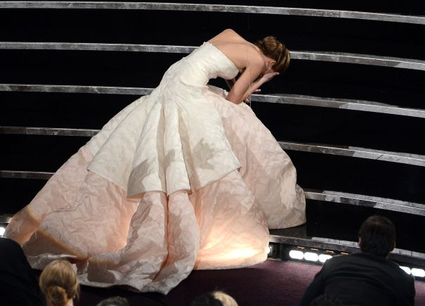 Jennifer Lawrence's Klutziness Takes Over