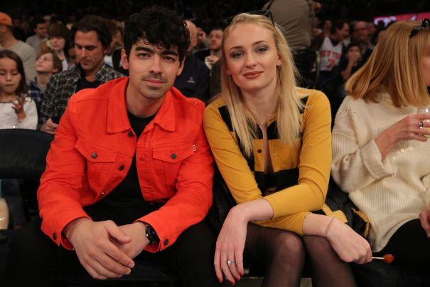 Joe Jonas And Sophie Turner Watch The Knicks