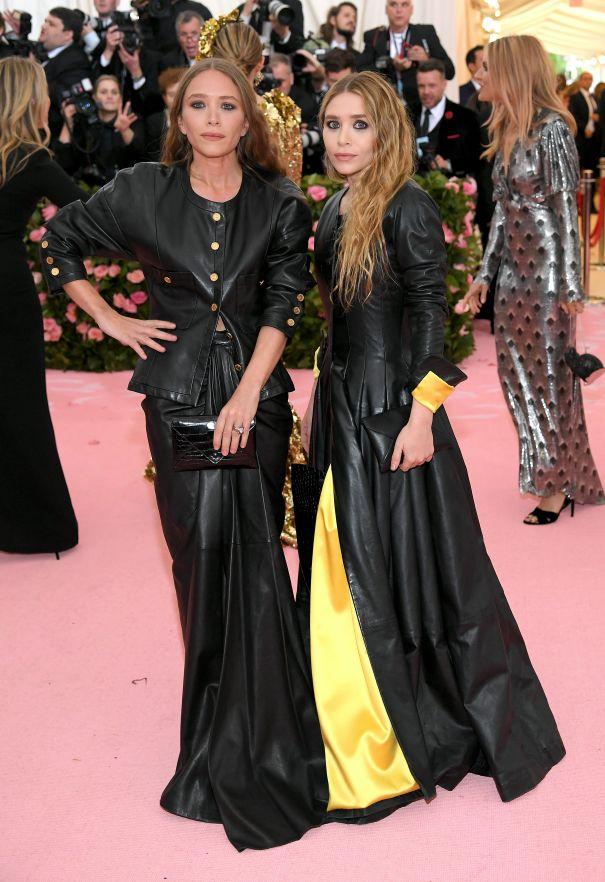 Mary Kate + Ashley Olsen
