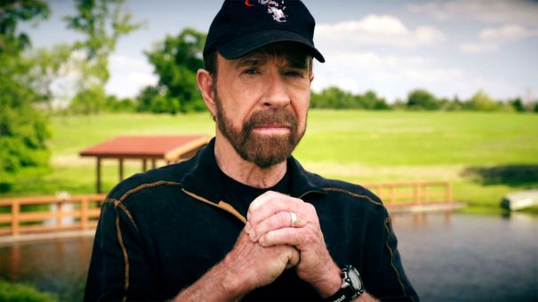 'Chuck Norris' Epic Guide to Military Vehicles'