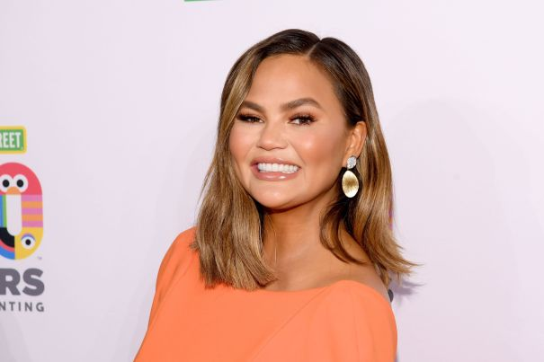 Chrissy Teigen Shrugs Off Instagram Mom-Shamers