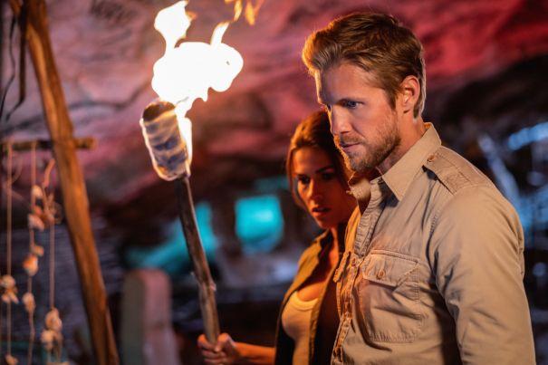 'Blood & Treasure' - Season Finale