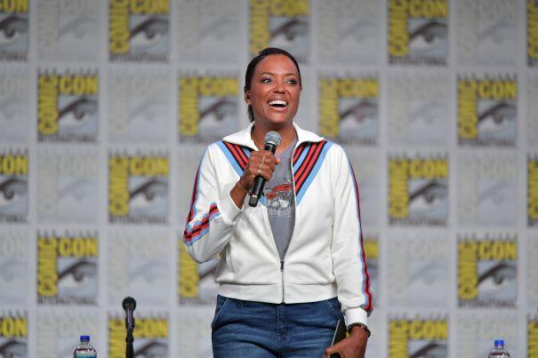 Aisha Tyler Keeps It Casual A Comic-Con