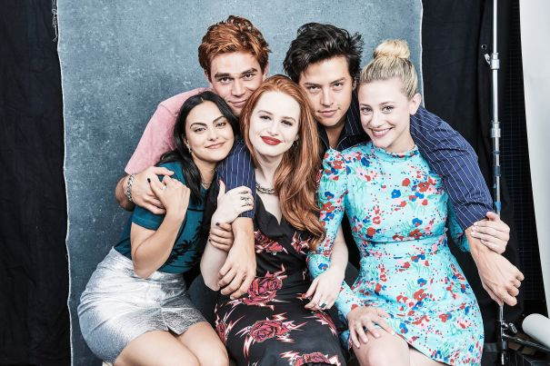 'Riverdale' Cast Together For Comic-Con