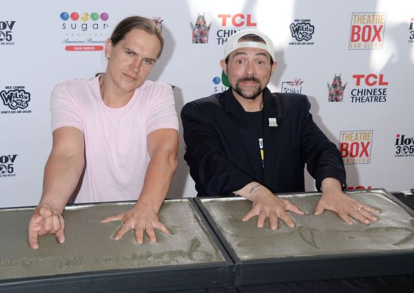 Jason Mewes And Kevin Smith Put Their Handprints In Concrete