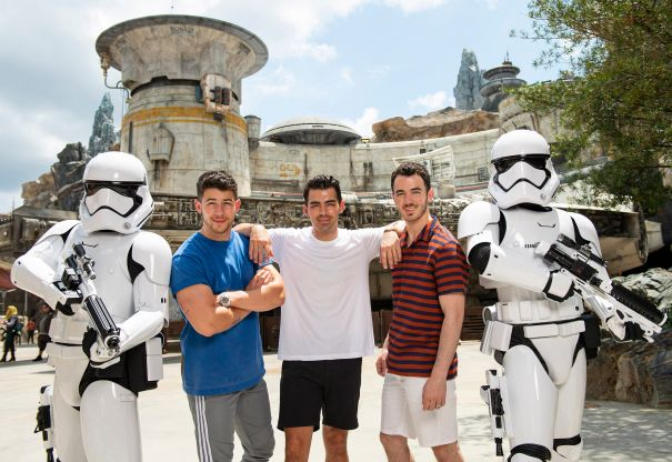 Jonas Brothers Visit Star Wars: Galaxy's Edge