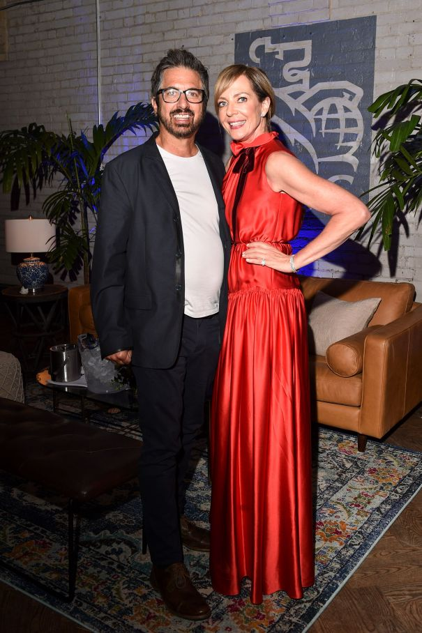 Allison Janney and Ray Romano