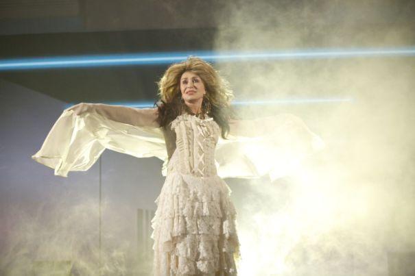 Sharon Osbourne As Stevie Nicks