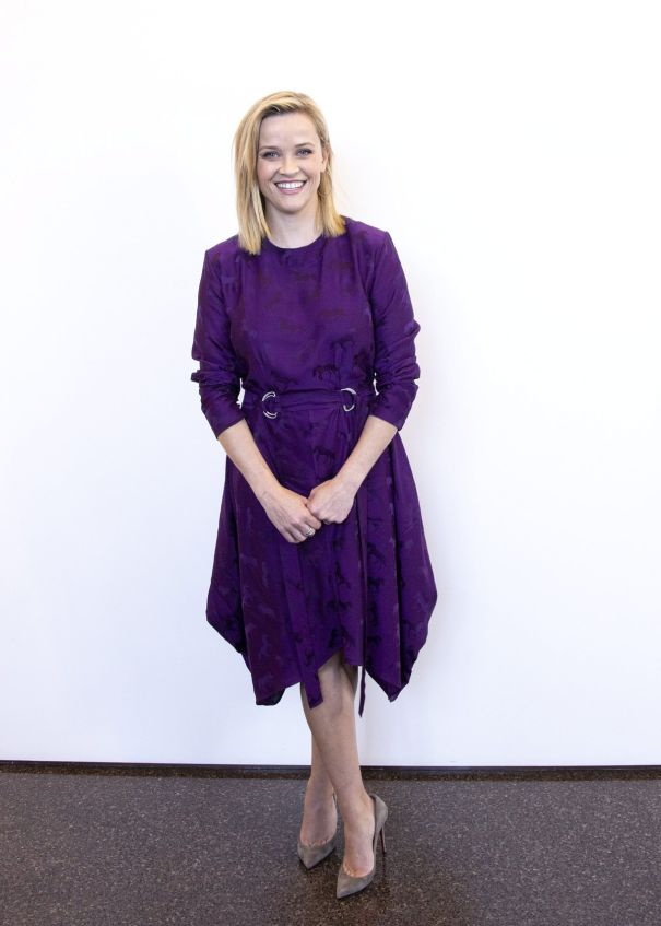 Reese Witherspoon Is Pretty In Purple
