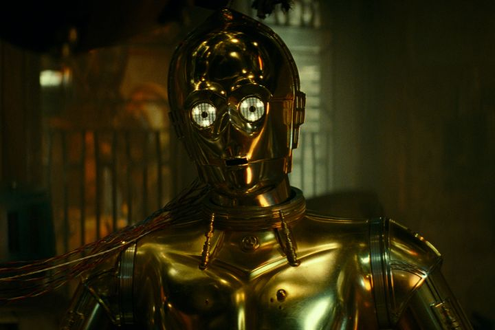 Anthony Daniels is C-3PO in STAR WARS: THE RISE OF SKYWALKER