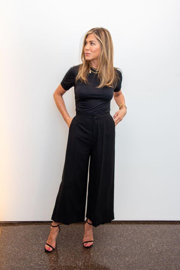 Jennifer Aniston Keeps It Cool In Black Trousers