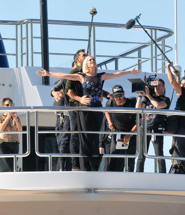'American Idol' On The 'Titanic'