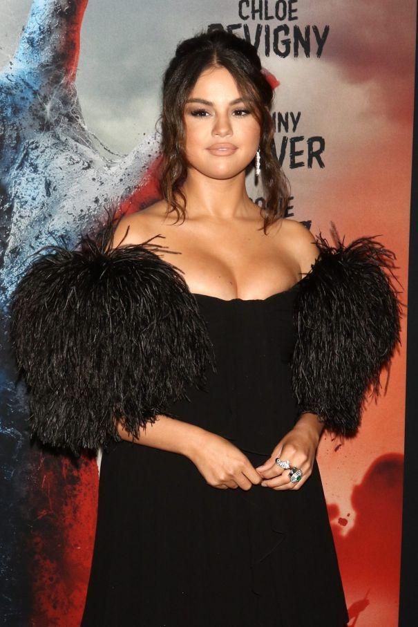 Selena Gomez To Take The Stage