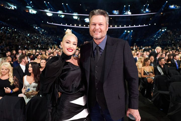 They didn't walk the red carpet at the 2019 CMA Awards, but power couple Gwen Stefani and Blake Shelton made their mark inside the awards show.