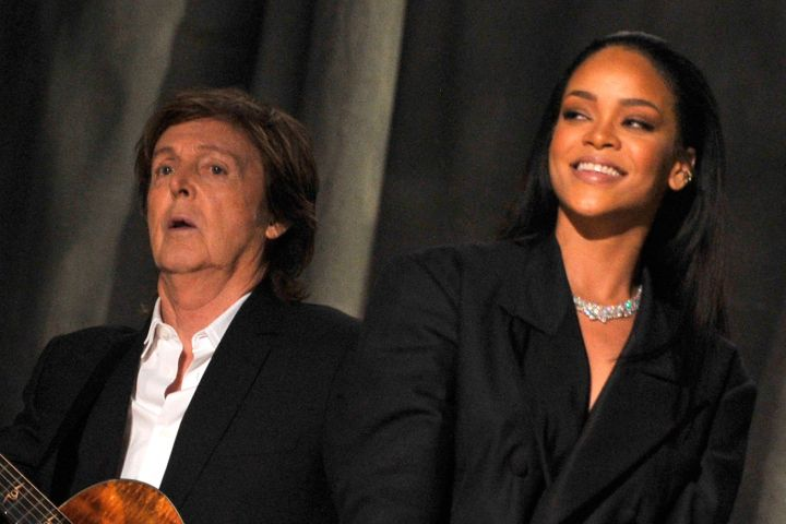 Paul McCartney and Rihanna - Lester Cohen/WireImage)