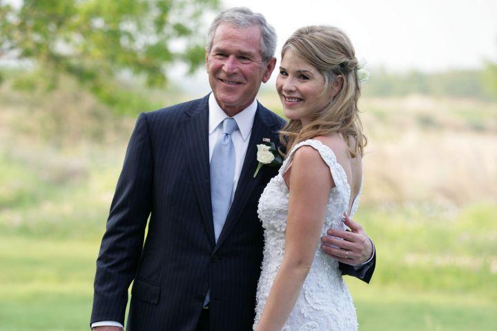 George W. Bush and Jenna Bush Hager. Photo by Shealah Craighead/The White House via Getty Images