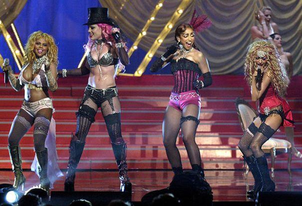 'Lady Marmalade' by Christina Aguilera, Lil' Kim, Mýa and Pink
