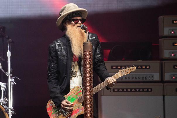 'America Salutes You Presents Guitar Legends 3'