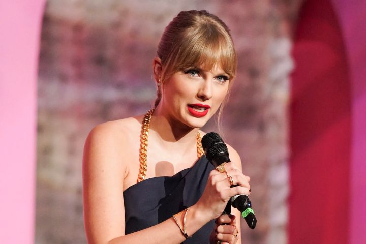 Taylor Swift - Todd Williamson/JanuaryImages/Shutterstock