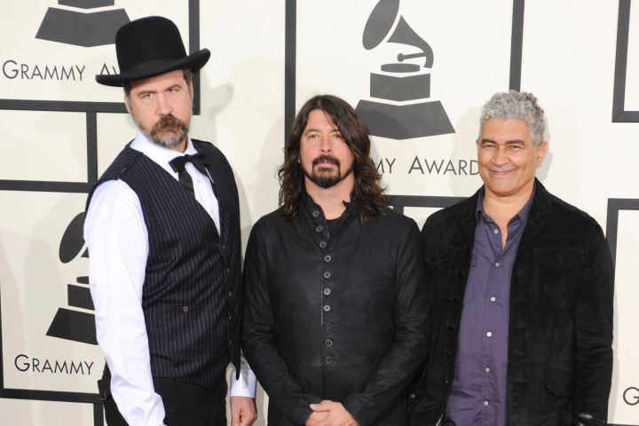 Krist Novoselic, Dave Grohl, Pat Smear. Photo By: Charlie Williams/Everett Collection