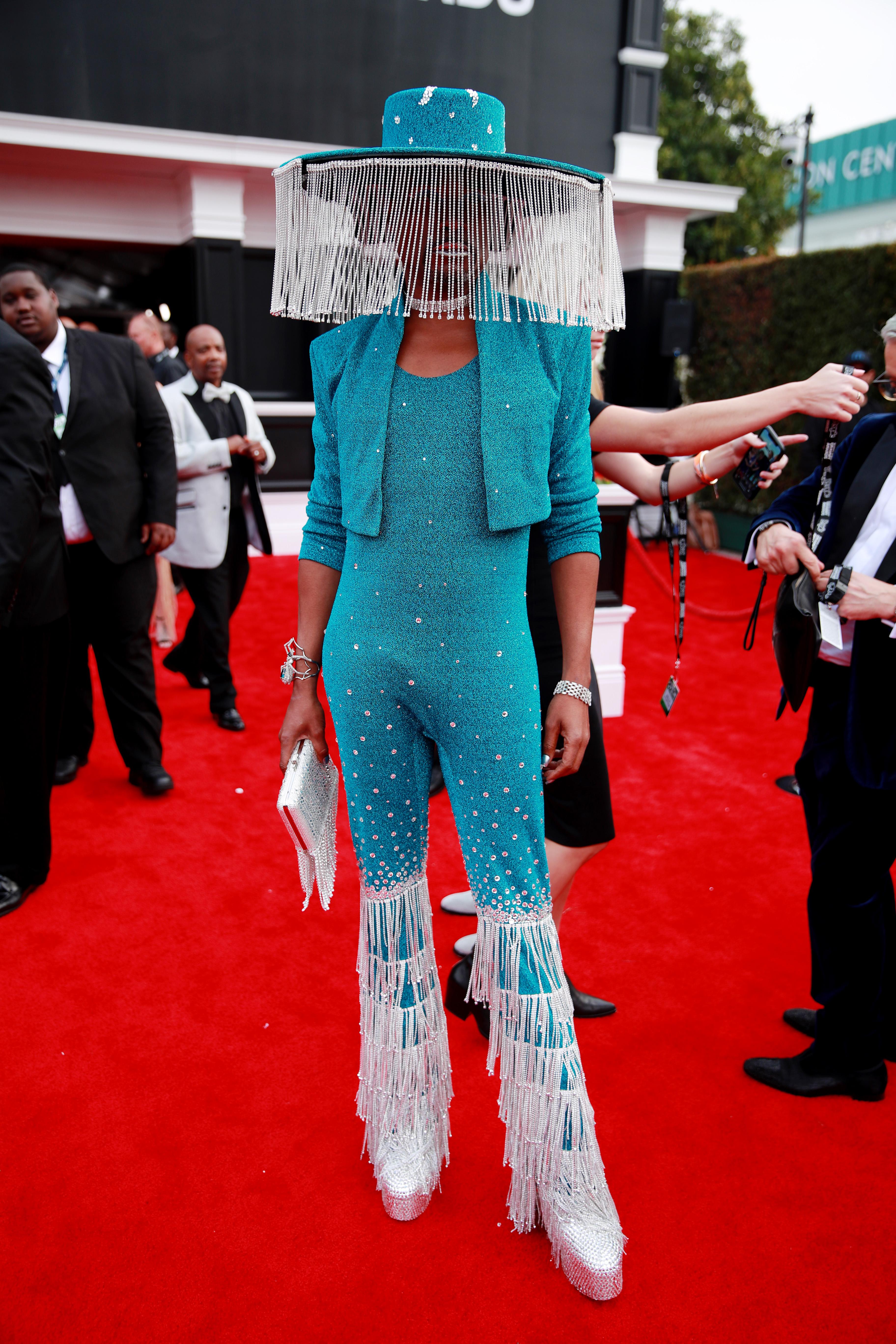 20 Grammy Awards Red Carpet Arrivals   ETCanada.com
