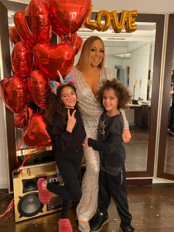 Mariah Feels The Love