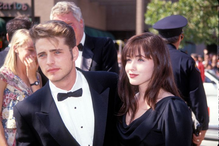 UNITED STATES – SEPTEMBER 01: Jason Priestly and Shannen Doherty attending the 1991 Emmy Awards in LA 09/91 (Photo by Vinnie Zuffante/Getty Images)